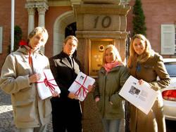 Alexander Chamberland (MP) och Jan Emanuel Johansson (S) tillsammans med Camilla Bokemar och Anna Almberg från Animal Protection Network